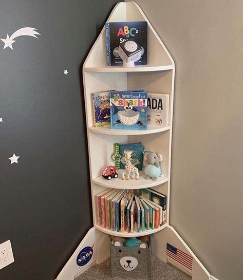 Bookshelves Kids, Bookshelf Ideas, Kids Room Design, Baby Boy Rooms, Bedroom Themes, Baby Room Decor, Kids Furniture, Outer Space Nursery, Bedroom Bookshelf