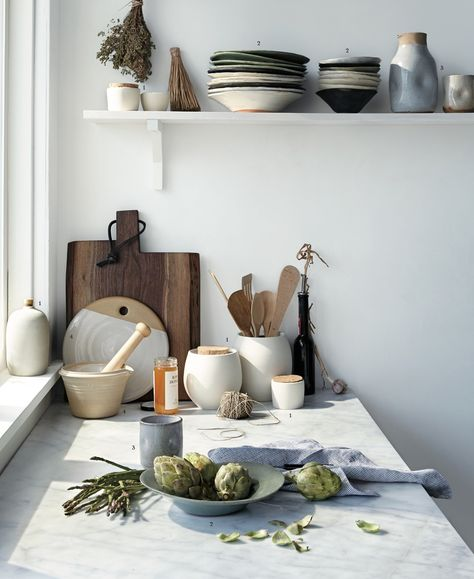 gorgeous light in the kitchen