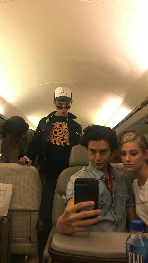 Riverdale – KJ, COLE E LILI – #COLE #KJ #LILI #riverdale – The post Riverdale – KJ, COLE E LILI – #COLE #KJ … appeared first on Riverdale Memes.