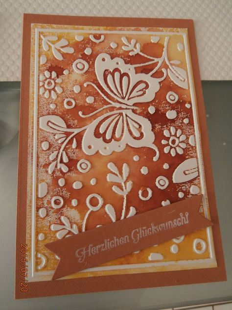 Technique #24: Einfärben von Prägeschablonen – embossing folder coloring for the background ....