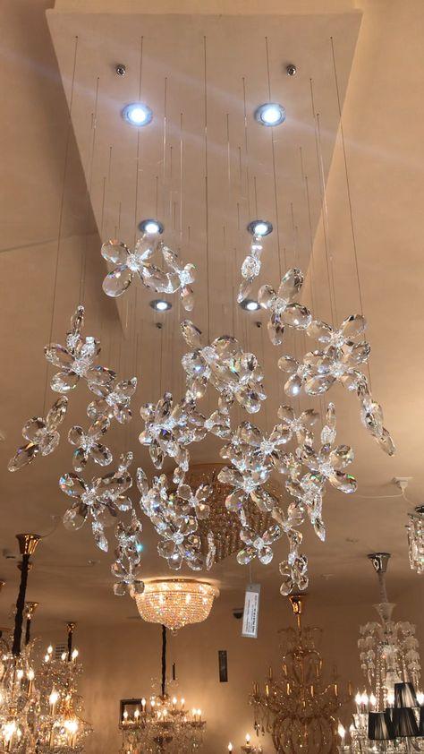 Opzoek naar een exclusieve kristallen kroonluchter 👉 zie onze site.