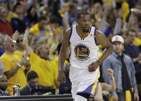 f82bd958cd95 (AP Photo Marcio Jose Sanchez). Golden State Warriors forward Kevin Durant  (35) against the Cleveland Cavaliers during the second