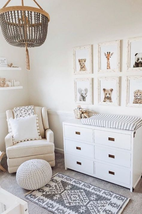 25 Best Girl Nursery ideas that you will want to copy. Unique baby girl nursery themes including bohemian, floral, vintage, woodland, farmhouse and so much more! Baby Nursery Decor, Nursery Neutral, Baby Decor, Woodland Nursery Girl, Bohemian Nursery, Baby Animal Nursery, Nursery Modern, Nursery Room Ideas, Baby Bedroom Ideas Neutral