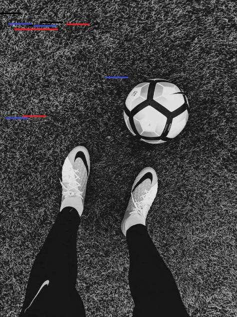 Pin By Retro Rat On Sport In 2020 Soccer Shoes Soccer Boots Soccer Photography