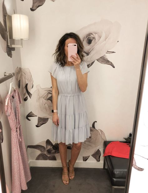Fitting Room Snapshots (Ann Taylor & Loft) ~ Lilly Style - - Fitting Room Snapshots (Spring Dresses) Source by Beauty And Fashion, Work Fashion, Modest Fashion, Womens Fashion, Office Fashion, Fashion Spring, Fashion Trends, Apostolic Fashion, Modest Clothing