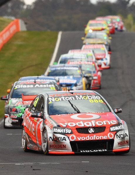 Supercars Bathurst Vodafone Lowndes Vcraig Craig Team In Vlowndes In V8 Supercars Bathur Australian V8 Supercars V8 Supercars V8 Supercars Australia