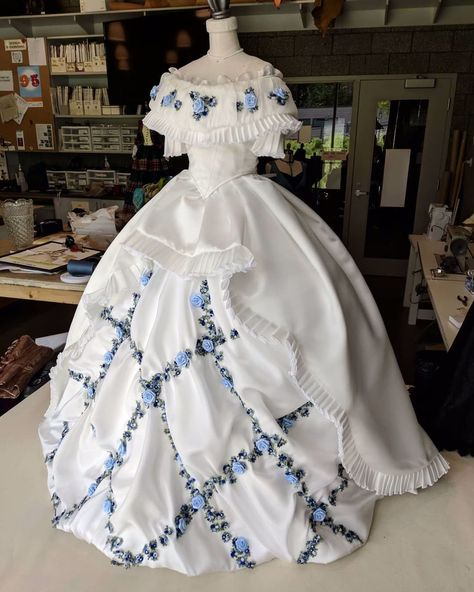 Reworked the skirts on my half scale 1864 ball gown recreation! Also added grommets and lacing up the back! She looks much better now. Old Fashion Dresses, Old Dresses, Pretty Dresses, Beautiful Dresses, 1800s Dresses, Old Wedding Dresses, Evening Dresses, 1800s Fashion, Victorian Fashion