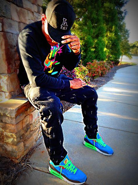 Nike Sweatshirt, Jogger pants, Nike Air Max