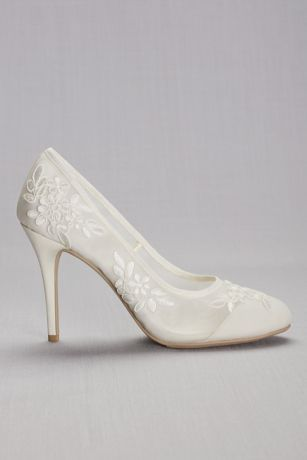 Round-Toe Mesh Pumps with Corded Lace