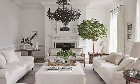 Interiors: Welcome to the white house