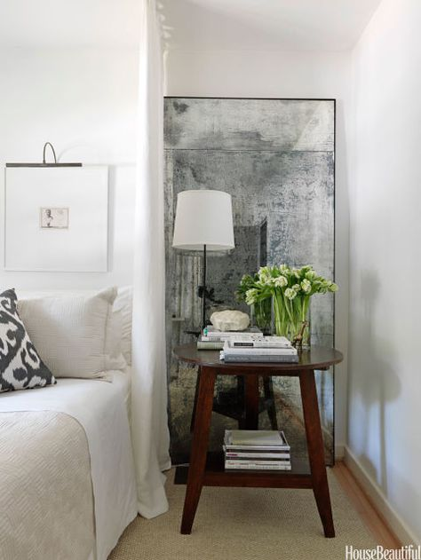10 Ways To Decorate With Mirrors Home Decor Antique Mirror Diy Interior