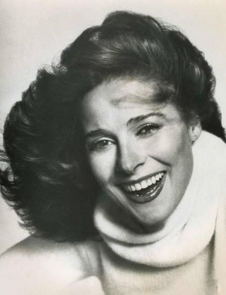 An old man at the bar last night said I looked like Joan Hackett..I should be flattered, right?!