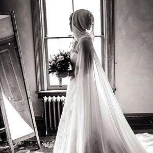 Motte Flugel Kostum Schmetterling Umhang Fee Flugel Festival Etsy Medieval Wedding Bridal Bridal Hair Pins