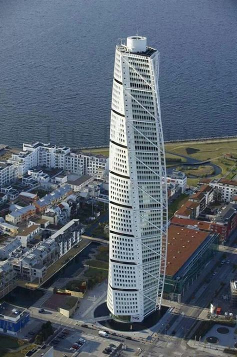 London's new 'Tulip' skyscraper looks like 'a giant sperm' 6b75babf21dee88508674474f7a1a3d7--architectural-engineering-building-design