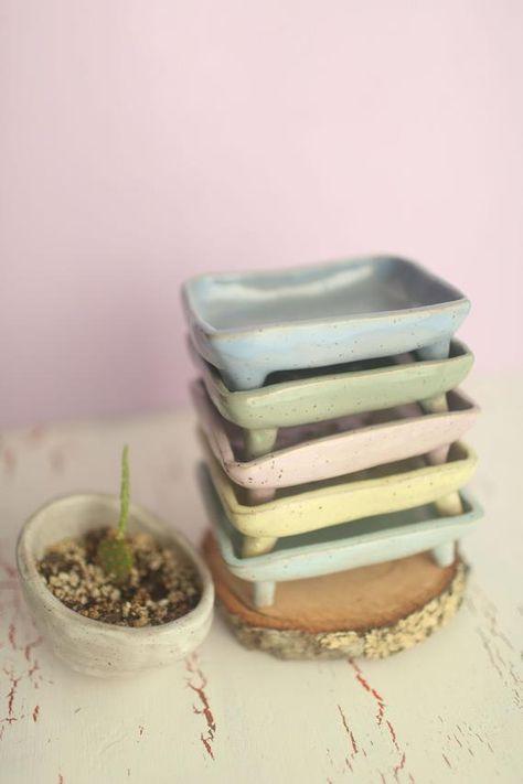 Ceramic Pinch Pots, Ceramic Soap Dish, Ceramic Spoons, Ceramic Clay, Ceramic Pottery, Slab Pottery, Pottery Vase, Clay Pinch Pots, Soap Dishes