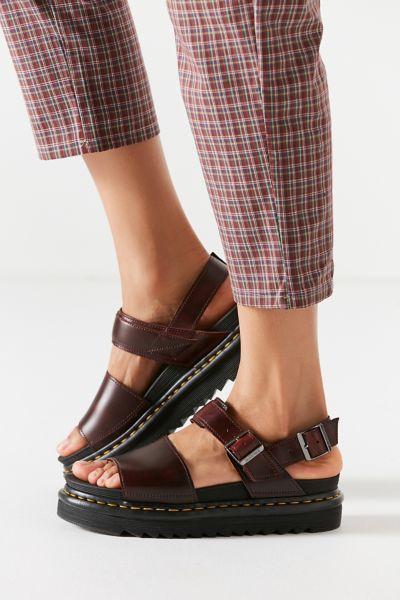 Dr. Martens Voss Black Leather Sandal | Black leather