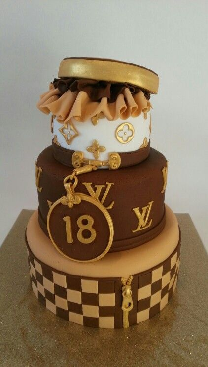 Louis Vuitton Birthday Cake With Images Louis Vuitton Birthday Cake Louis Vuitton Cake