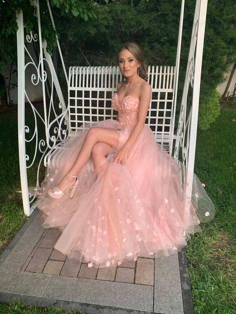 Fairy Wedding Dress, Pink Wedding Dresses, Pretty Prom Dresses, Tulle Prom Dress, Ball Dresses, Beautiful Dresses, Floral Wedding, Stunning Prom Dresses, Unique Prom Dresses