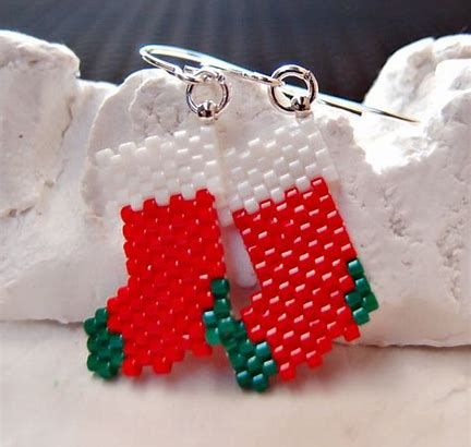 Image Result For Free Christmas Beaded Earring Patterns