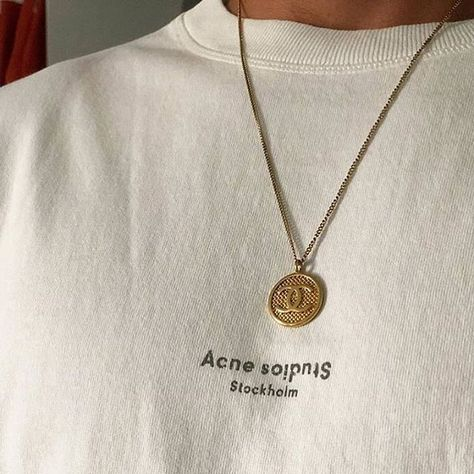 acne studios tee acnestudios Source by aesthetic Acne Studios, Cute Jewelry, Jewelry Accessories, Women Jewelry, Dainty Jewelry, Gold Style, My Style, Accesorios Casual, Gold Necklace