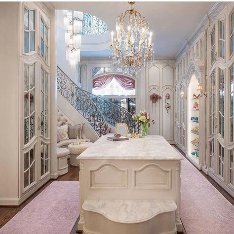 Two Story Closet !!! Are You Serious!!! Gorgeous