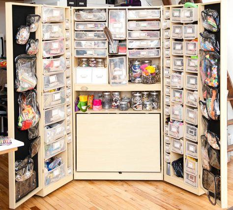 now THAT'S a craft closet!