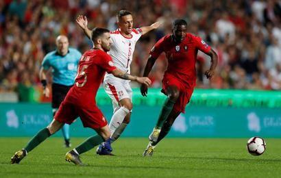 مشاهدة مباراة البرتغال وصربيا بث مباشر مباراة البرتغال وصربيا والتي ستقام في العاصمة الصربية بلغراد تعد واحدة من أبرز وأهم مواجهات Soccer Field Sports Soccer