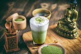 فوائد شاي ماتشا الرئعة للتخلي عن القهوة الصباحية شاي ماتشا من التقاليد القديمة الموجوة في الثقافة اليابانية ف Green Tea Recipes Tea Recipes Matcha Green Tea