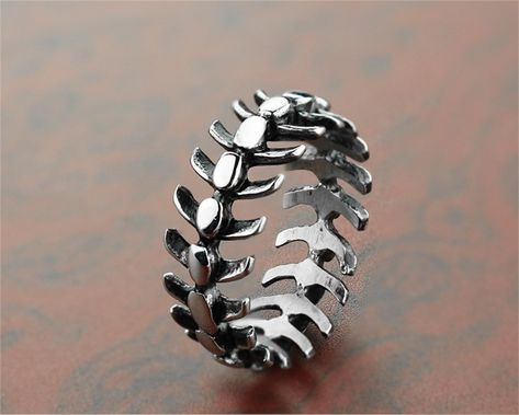 Cheap Rings, Buy Directly from China Suppliers:Personality Stainless Steel Long Spine Bone Ring Fashion Wild Skull Skeleton Rings Men and Women Punk Jewelry Gifts Enjoy ✓Free Shipping Worldwide! ✓Limited Time Sale✓Easy Return.