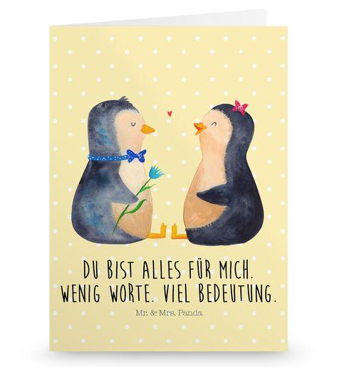 Grußkarte Pinguin Pärchen aus Karton 300 Gramm  weiß - Das Original von Mr. & Mrs. Panda.  Die wunderschöne Grußkarte von Mr. & Mrs. Panda im Format Din Hochkant ist auf einem sehr hochwertigem Karton gedruckt. Der leichte Glanz der Klappkarte macht das Produkt sehr edel. Die Innenseite lässt sich mit deiner eigenen Botschaft beschriften.    Über unser Motiv Pinguin Pärchen      Verwendete Materialien  Diese wunderschöne Produkt aus edlem und hochwertigem 300 Gramm Papier wurde matt glänzend bed