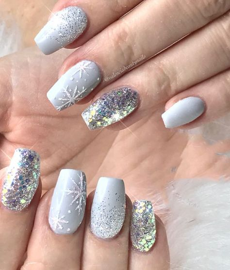 Coffin Nails; Long Nails; Christmas nails; winter nails; Snowflake nails; White nails; Winter Nails; glitter nails;