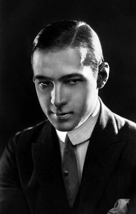 Frisuren Manner 1920er Frisurentrends Stummfilm 1920er Manner Haarschnitt Manner