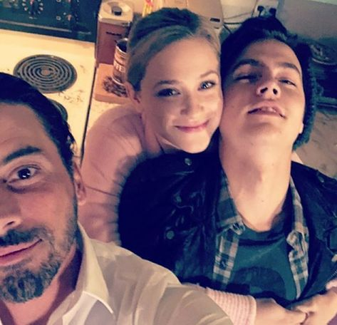 Image uploaded by Alexa69. Find images and videos about riverdale, cole sprouse and lili reinhart on We Heart It - the app to get lost in what you love.