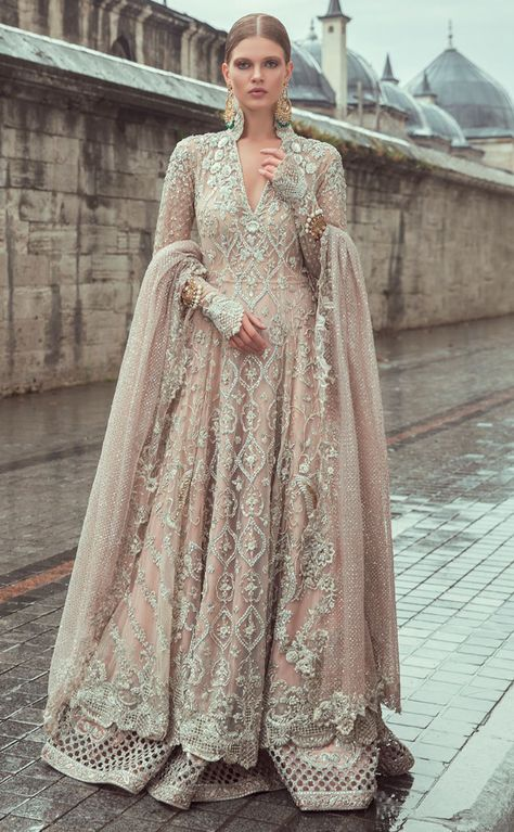 Samarkand Bridal Wear Collection 2018 by Sania Maskatiya