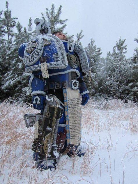 cosplay-gamers:  Warhammer 40k - Ultramarine Cosplay made byMike Hagy Photos by Aleisha and Jett