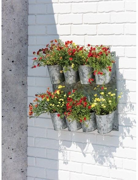 8 Pot Metal Wall Planter - Gardeners