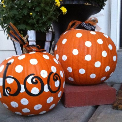 Cute & easy pumpkin painting without the mess. don't know how well a stamp would go on a pumpkin but worth a try