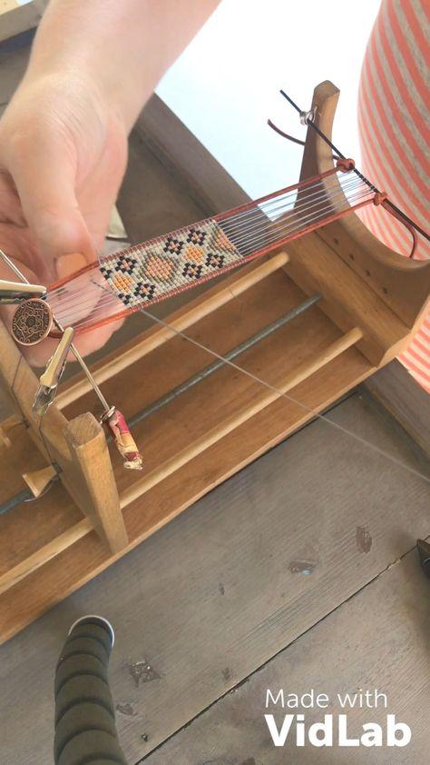 Progress video of a loom bracelet 💕