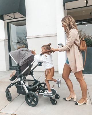 A Cute Business Casual Outfit Mom And Baby, Mommy And Me, Baby Kids, Future Mom, Future Daughter, Future Goals, Cute Family, Family Goals, Family Life