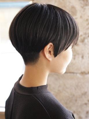 2019年春 ベリーショート 刈り上げ アッシュ ブラック系の髪型 ヘア