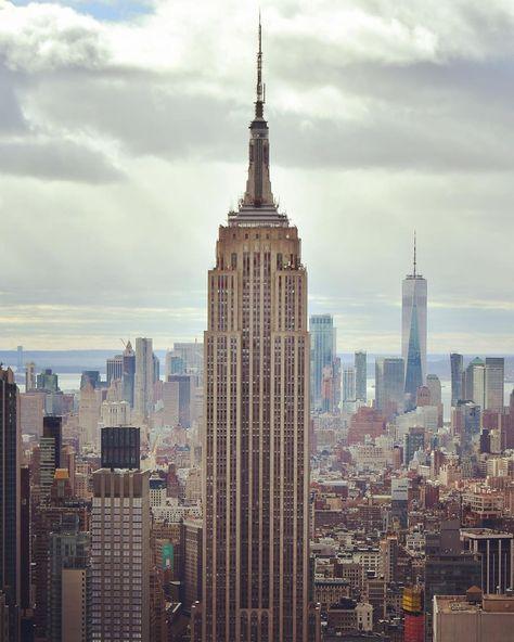 : #UnitedStates #NewYork #NewYorkCity #Manhattan #FreedomTower #WorldTradeCenter #OneWorldTradeCenter #oneworldobservatory #WTC #USA #america #northamerica #LowerManhattan #Downtown #DowntownManhattan #NYCVIEWS #hudsonriver #travelphotography #travelgram #reisefotografie #bluehour #bluehourphotography #midtown #midtownmanhattan #empirestatebuilding #broadway #topoftherock #rockefellercenter #bigapple #thebigapple