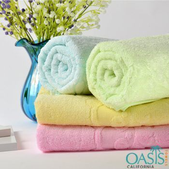 Get Personalized Wholesale Luxury Bath Towels From Oasis Towels