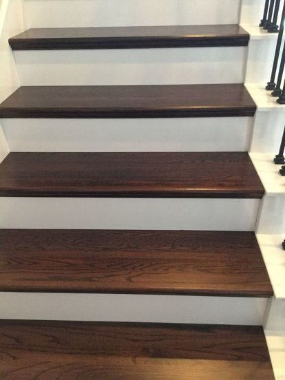 Diy Wood Plank Stairs, Can You Put Hardwood Flooring On Stairs