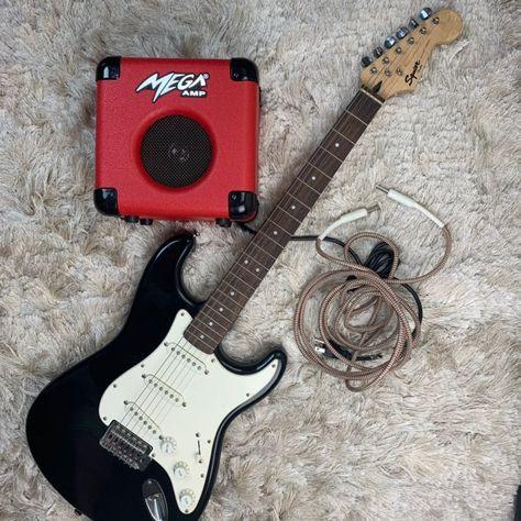 1 Black Fender Squire Bullet Guitar 1 Red Mega Amp 1 Patch Cable 1 Irig Iphone Ipad Connector 1 Guitar Strap Perfe Fender Guitars Guitar Rockstar