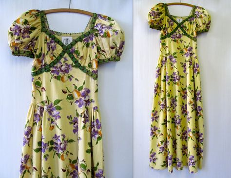 1940s Day Floral Dress Ruffled Trim XSmall by mysterymister, $78.00