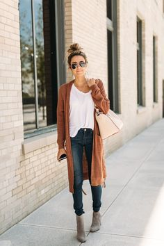 Fall pieces to start laying with right now and the best fitting jeans!