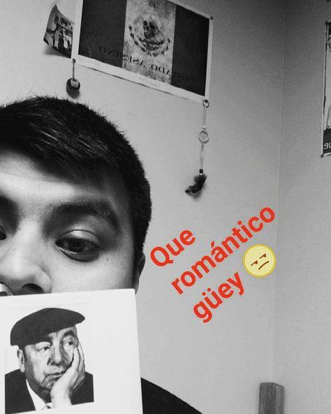 Cuándo lees a #pabloneruda sin importar que tienes un mundo de literatura política que leer para tarea.  #veintepoemasdeamoryunacanciondesesperada by itayuquiu