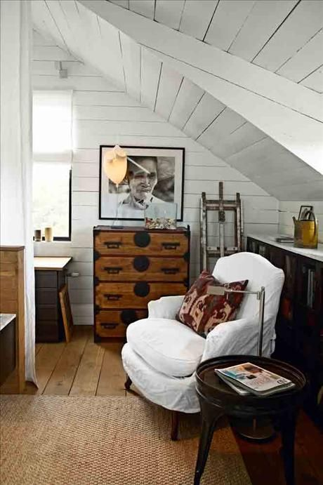 17 Ethereal Attic Balcony Ideas Rooms For Rent Home Attic Rooms