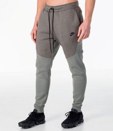 nike tech fleece 3/4 pants