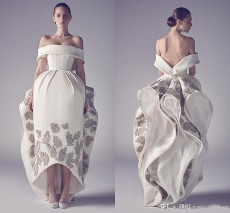 Off Shouler Silver White Evening Dresses Bateau Neck Appliques Satin Ruched Asymmetrical Backless Celebrity Dresses Formal Dresses Ball Gown